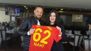 Deniz Naki und Cansu Özdemir letzte Woche in Diyarbakir