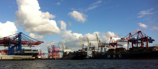 Sieben Jahre nach Fukushima: Hamburg noch immer Drehscheibe der Atomindustrie