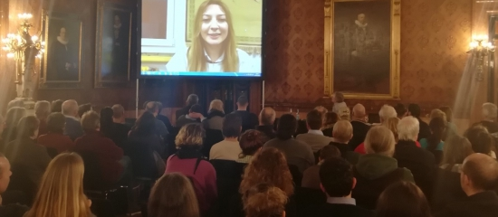 Solidarität mit Afrin: Erfolgreiche Veranstaltung im Rathaus