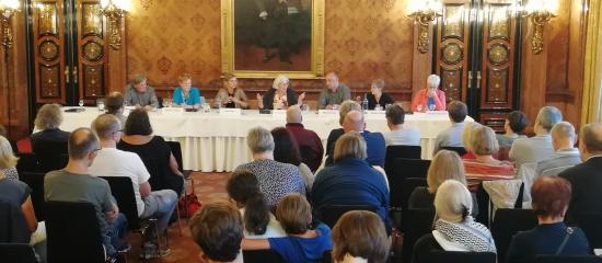 Veranstaltungsbericht: 10 Jahre Linksfraktion und außerparlamentarische Bewegungen