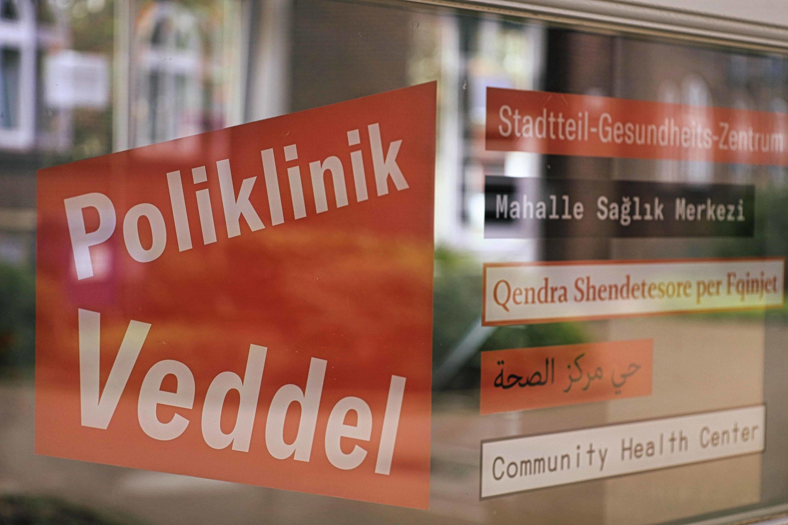In der Poliklinik sind Menschen aller Sprachen willkommen